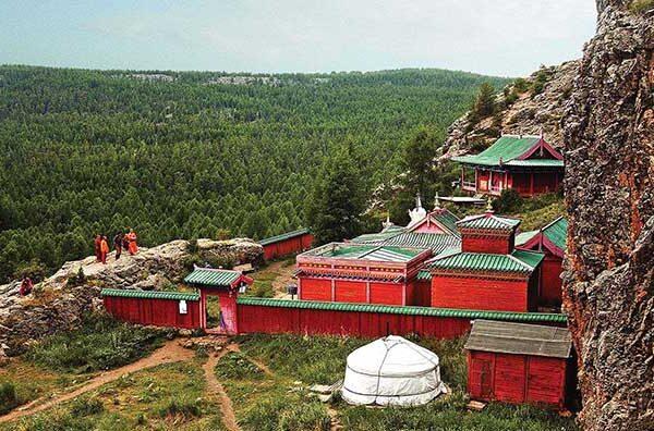 Tovhon-monastery